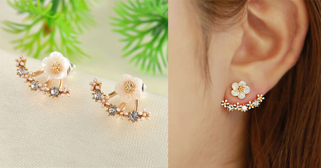 40% OFF! Crystal Daisy Flower Stud Earrings worth Rs.590 for just Rs.350!