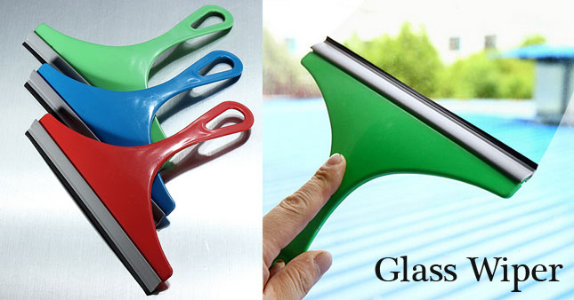 50% OFF! Mini Window / Glass Scraper worth Rs. 180 for just Rs. 90!
