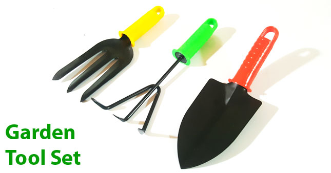44% OFF! 3 Pcs Garden Tool Set worth Rs. 450 for just Rs. 250!