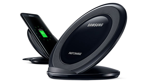43% OFF! Samsung Wireless Fast Charging Stand worth Rs.6,500 for just Rs. 3,650.